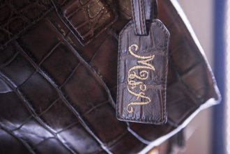 Customized leather goods made in Italy